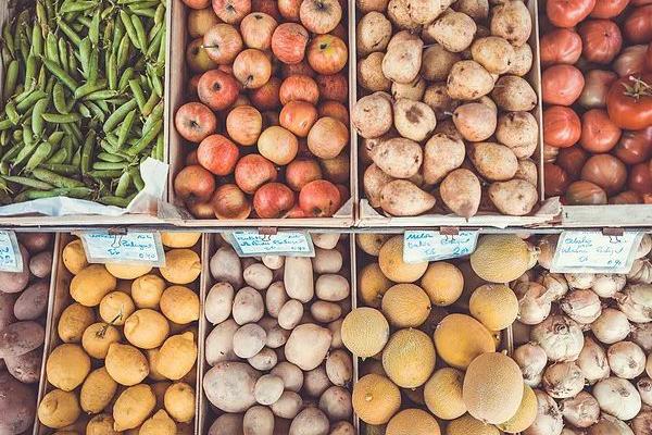 fresh_groceries-600×400